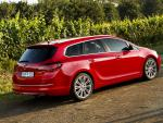Opel Astra J Sports Tourer review suv