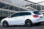 Opel Astra J Sports Tourer model 2013