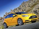 Ford Focus ST 5 doors specs hatchback