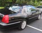 Lincoln Town Car reviews 2011