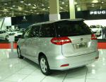 BYD M6 reviews minivan